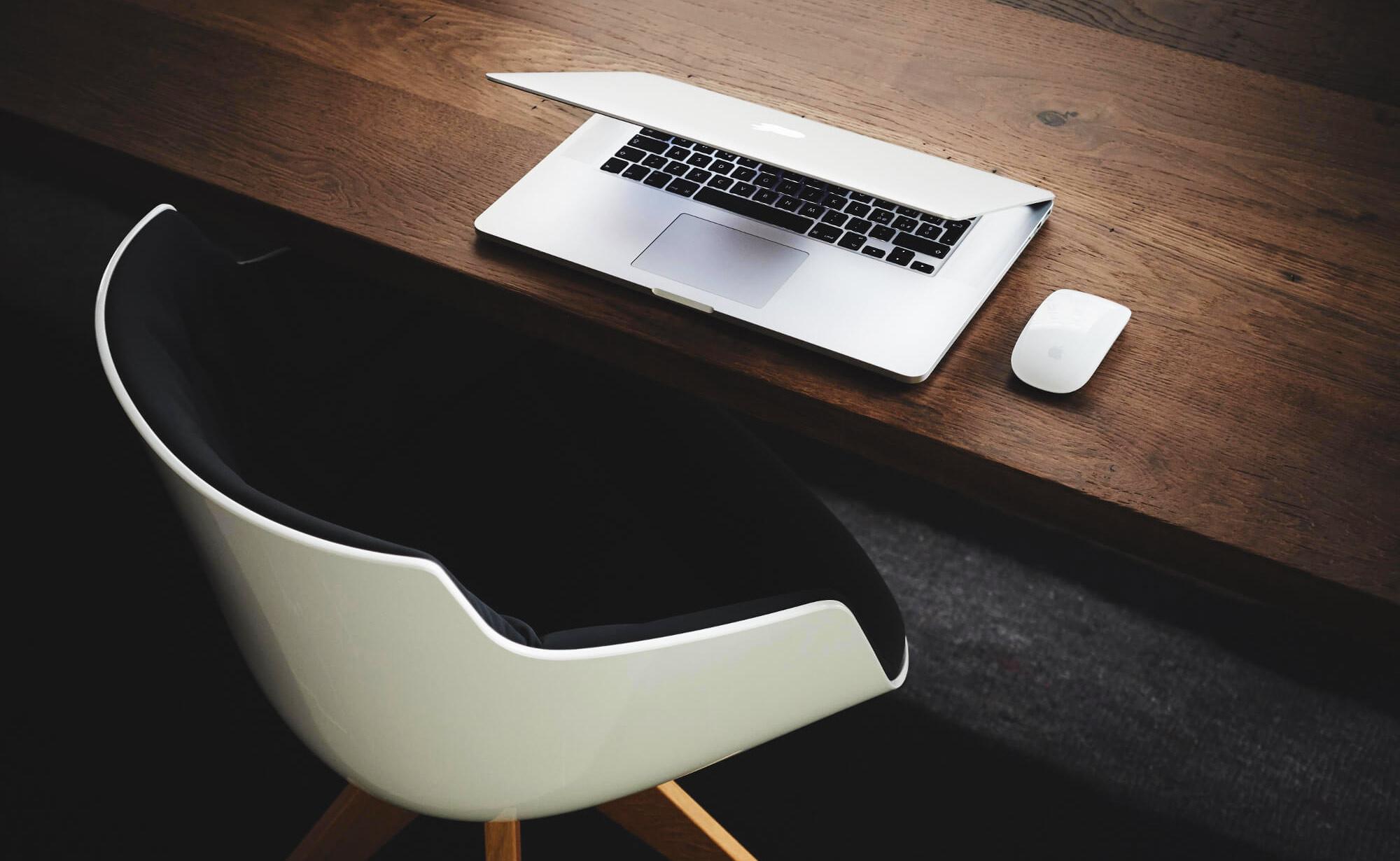 Sedie e sgabelli ergonomici da lavoro